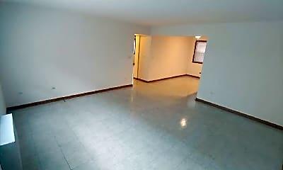 Living Room, 5450 W Higgins Ave, 0