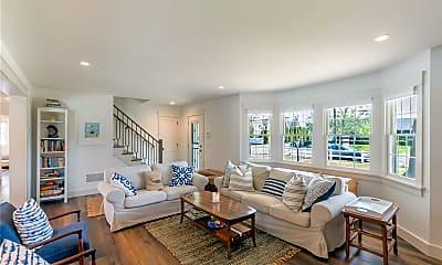 Living Room, 6 Nautilus Dr, 0