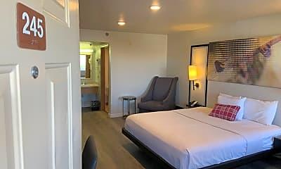 Bedroom, 7815 N Mesa St, 1