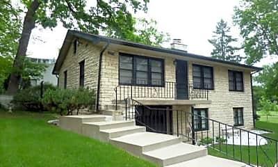 Building, 3501 York Ave N, 1