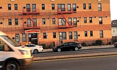 Hillside Apartments, 2