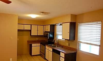 Kitchen, 503 N Pine St, 1