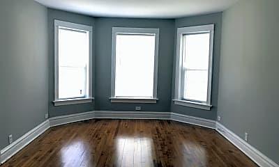 Bedroom, 2637 W Iowa St, 1