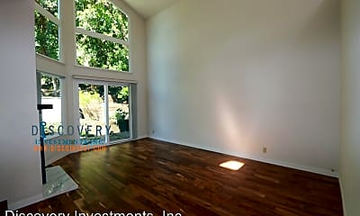 Living Room, 6763 Pinehaven Rd, 1