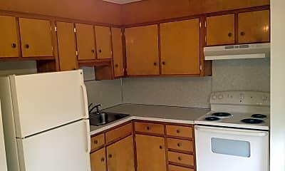 Kitchen, Evergreen Village Apartments, 2