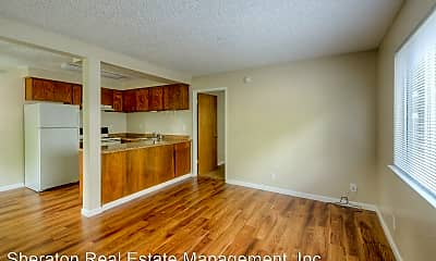 Living Room, 821 W East Ave, 0