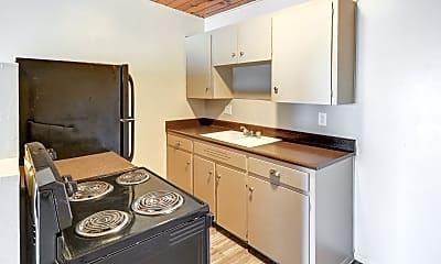Kitchen, Midtown on 2nd, 1