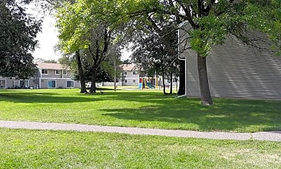 Sunny Acres Apartment, 2