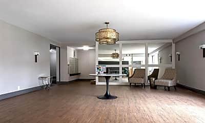 Living Room, 125 Main St 2L, 2