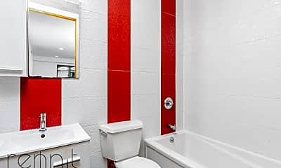 Bathroom, 119 McKibbin St, 2