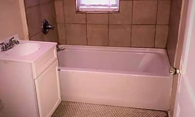 Bathroom, 58 Adelaide St, 2