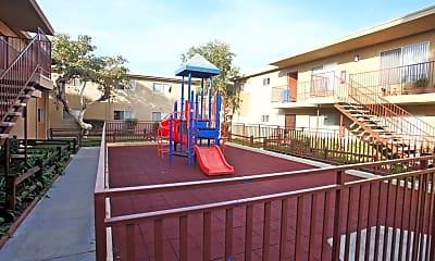 Playground, Casa Madrid, 2