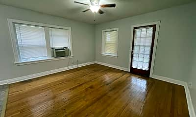 Living Room, 2729 Campbell St, 0