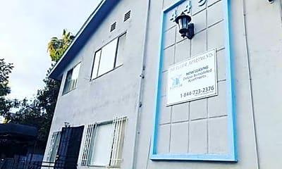 Building, 4451 Lockwood Ave, 2