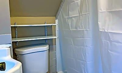 Bathroom, 517 S Broad St, 2