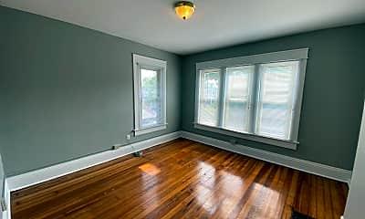 Living Room, 2359 Summit St, 2