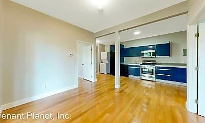 Living Room, 7099 Pinehaven Rd, 0