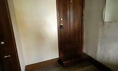 Bedroom, 584 Schiller Ave 1, 1