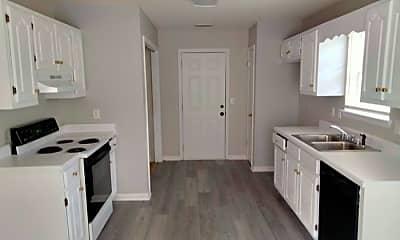 Kitchen, 566 Henry Taylor Rd, 2