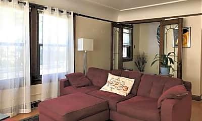 Bedroom, 201 17th Ave E, 2