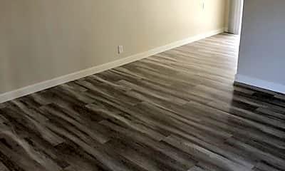 Living Room, 7240 Bark Ln, 1