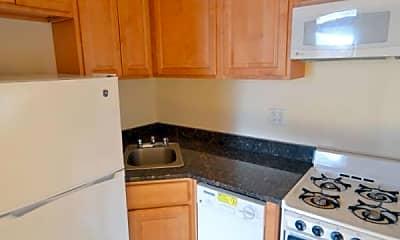 Kitchen, 346 W 47th St 4C, 2