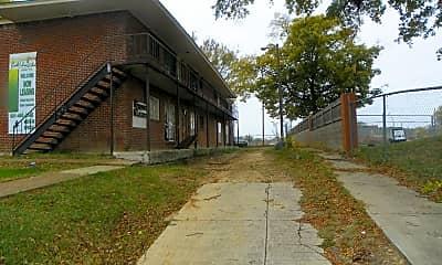 Building, 371 S Orleans St, 0