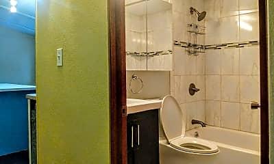Bathroom, 4084 Teal Ave, 2