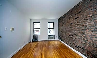 Living Room, 115 Sullivan St, 1