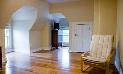 Living Room, 169 George St, 1