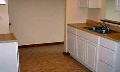Kitchen, Vanderbilt Place, 2