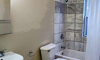 Bathroom, 8040 S Loomis Blvd, 1