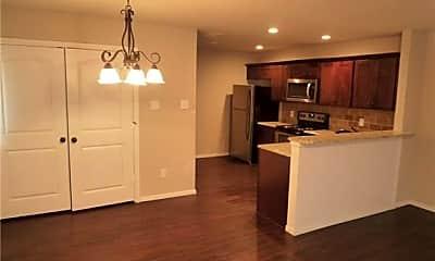 Kitchen, 223 E Cooper St, 1