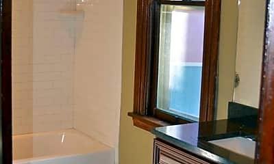 Bathroom, 12 N Idlewild St, 2