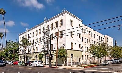Building, 5233 Monte Vista St, 0