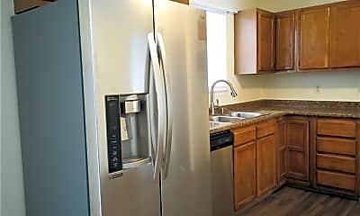 Kitchen, 7901 Madden Dr, 1