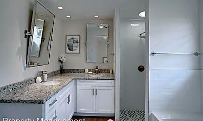 Bathroom, 2106 NE 16th Ave, 2