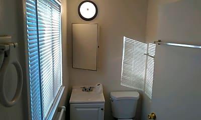 Bathroom, 520 Maple St, 2