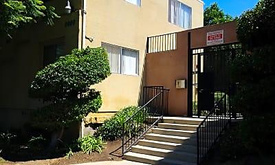 Casa Sevilla, 1