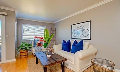 Living Room, 785 W 19th St, 1
