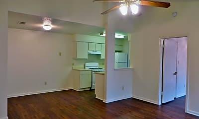 Living Room, 2106 Smith Branch Blvd, 1