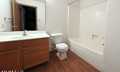 Bathroom, 1502 N Washington St, 2