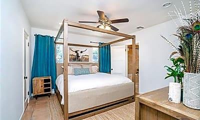 Bedroom, 310 S Clementine St, 2