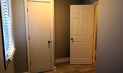Bedroom, 1124 Tree St, 2