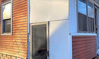 Building, 852 Kentucky St, 1
