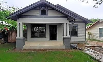 Building, 908 W Waggoman St, 1