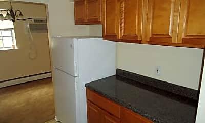 Kitchen, Maryland Apartments, 1