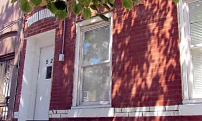 Building, 525 N 33rd St, 0
