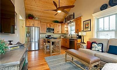 Kitchen, 41 Mildred Ave, 1
