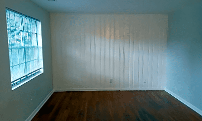 Living Room, 1380 Church St, 2